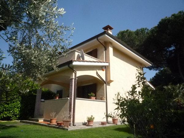 Villa trifamiliare agi/48999