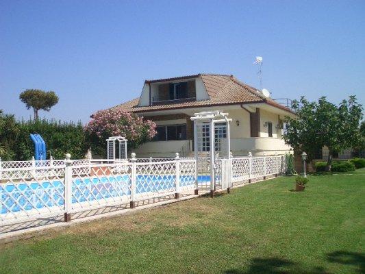 Villa unifamiliare agi/1977