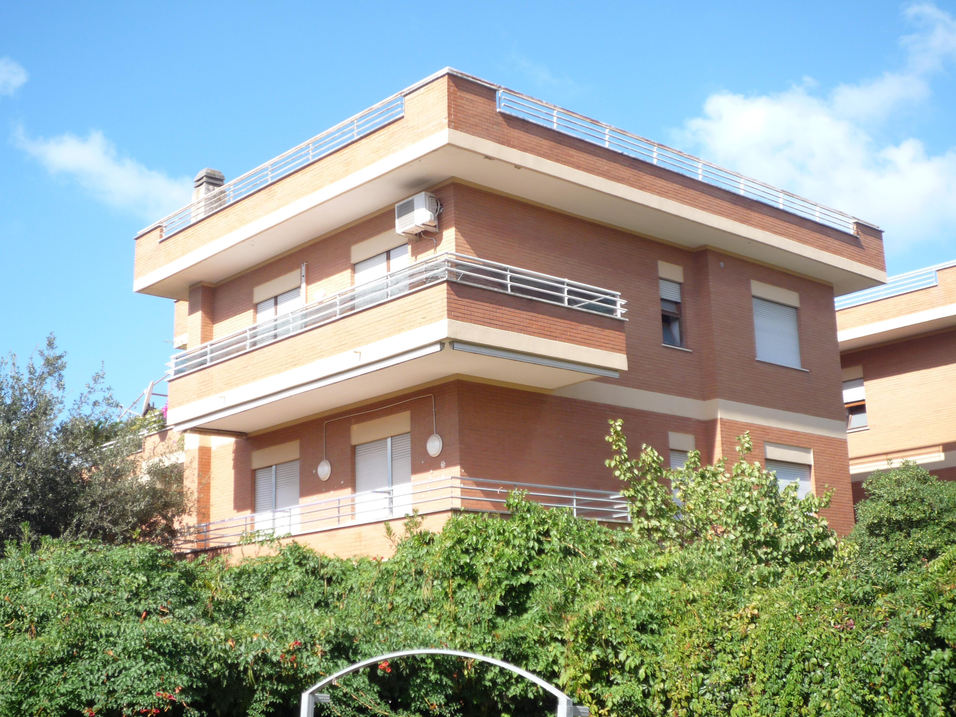 Vicinissimo al mare appartamento primo piano anzio casa for Casa al secondo piano
