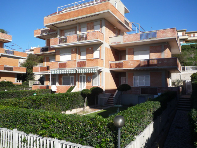 Lavinio direttamente sul mare piano terra anzio casa - Valutazione immobile casa it ...